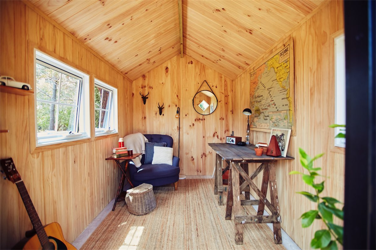 quiet and cosy nordic huts